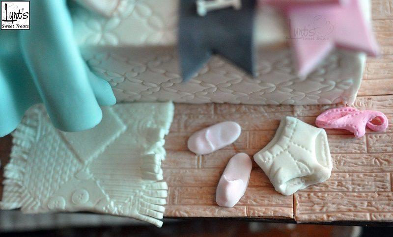 趁孩子睡覺「爸媽私下%%兒童不宜生日蛋糕」!100%描繪父母心聲「爸爸表情太真」笑噴網友!(14張)